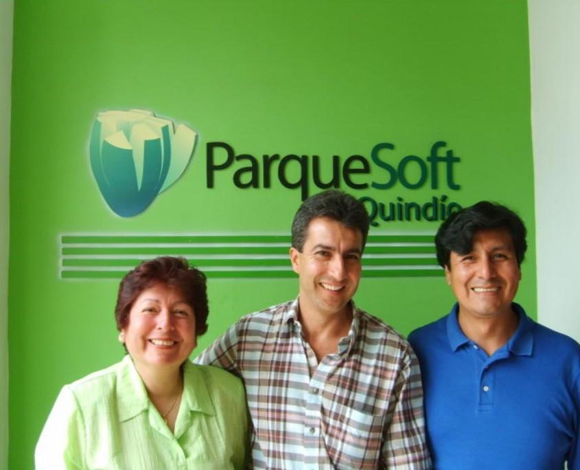 La Ing. Carmen vargas en su visita a Parquesoft