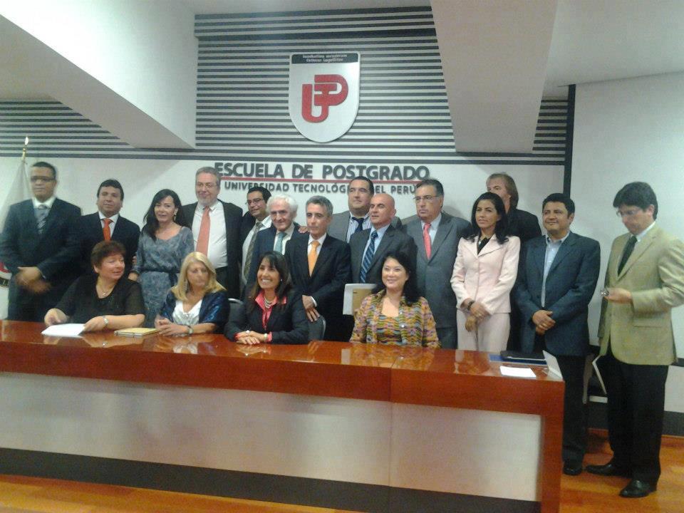 CUMBRE REGIONAL IBEROAMERICANA TIC Lima, Enero 2013.